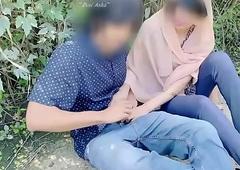 Hijab desi girl fucked in jungle yon her boyfriend