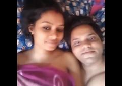 Honeymoon couple makes sextape with clear Hindi audio