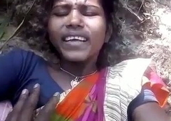 Santali fastened girl has outdoor sex with make obsolete