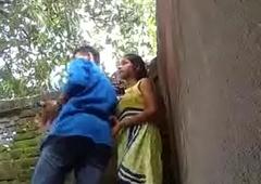 sex mp4mms xxx porn video  (Mumbai firsthand Girl Park Sex Mms Leaked)