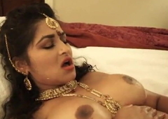 Indian Bhabhi Horny Lily Smiles Fucked By Her New Masseur