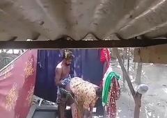 Bangladeshi Bhabhi fucking by debat