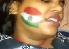 Desi Overstate Marks Waali Pooja Bhabhi Ki Chut Par Moot Diya