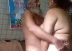 Muslim sasur fucking with her bahu