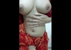 Indian Garam sizzling Wed Shows Herself on camera