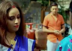 GORI CHAMDI Desi housewife