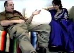 Cute NRI girl stodgy to mad about with white old cock