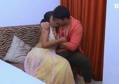 Newly married Indian Bhabhi Had Sex With Devar in Hindi