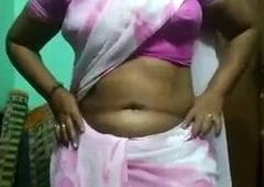 Indian Mom changing saree