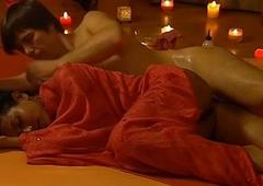 Labia Majora Massage Technique
