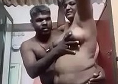 Parvathy madurai Tamil aunty rubbed wits husband