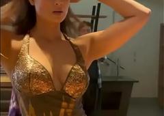 Shweta Tiwari Hot Cleavage Show for MILF lovers