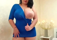 Hot Huge Boobs Chubby Milf Teasing Dicks