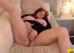 Red-Haired Bbw Mature Loves Take Rub The brush Snatch Solo Concerning Front Of Webbing Camera