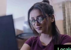 Educated Bhabhi Has Sex with her Nokar