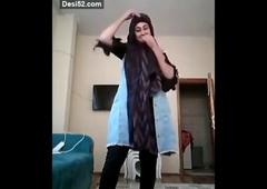 Punjabi girl fingering very hard, insta id = genuinejannat