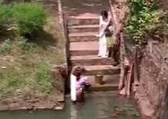 Telugu sex – young guy fucks aunty