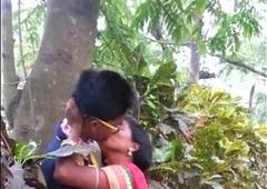 Desi marathi kiss