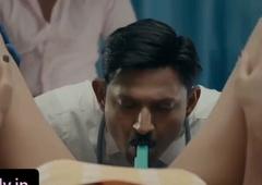Sexy Bhabhi Ko Doctor Ne Clinic me Choda