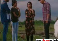 College Girlfriend Ko Ushki Behen Ke Samne Jabardast Choda