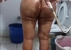 scanty bath