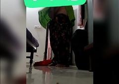 Sejal Delhi mom changing