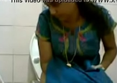 VID-20160514-PV0001-Pandharpur (IM) Hindi 34 yrs age-old beautiful, hot together with sexy unmarried girl pissing in toilet sex porn movie