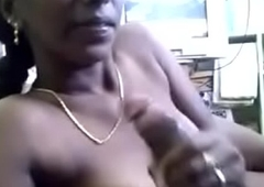 Tamil item girl Divya sucking her client cock not far from hotel room .TAMIL AUDIO