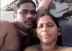 tamil couple pussy corroding in backwaters