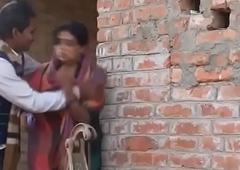 desimasala.co -Shy village aunty romance close to her neighbour