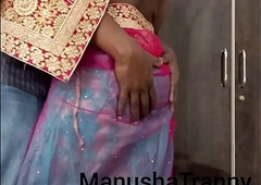 Toss my saree - Accompany girl Manusha Tranny being undressed added to exposing omphalos added to insides