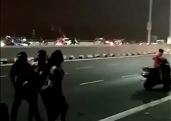 Unbelievable this happened in Delhi loyalty 1