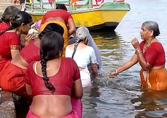 Indian aged aunties bathing gonga openly. BIG ASS and BOOBS!!!